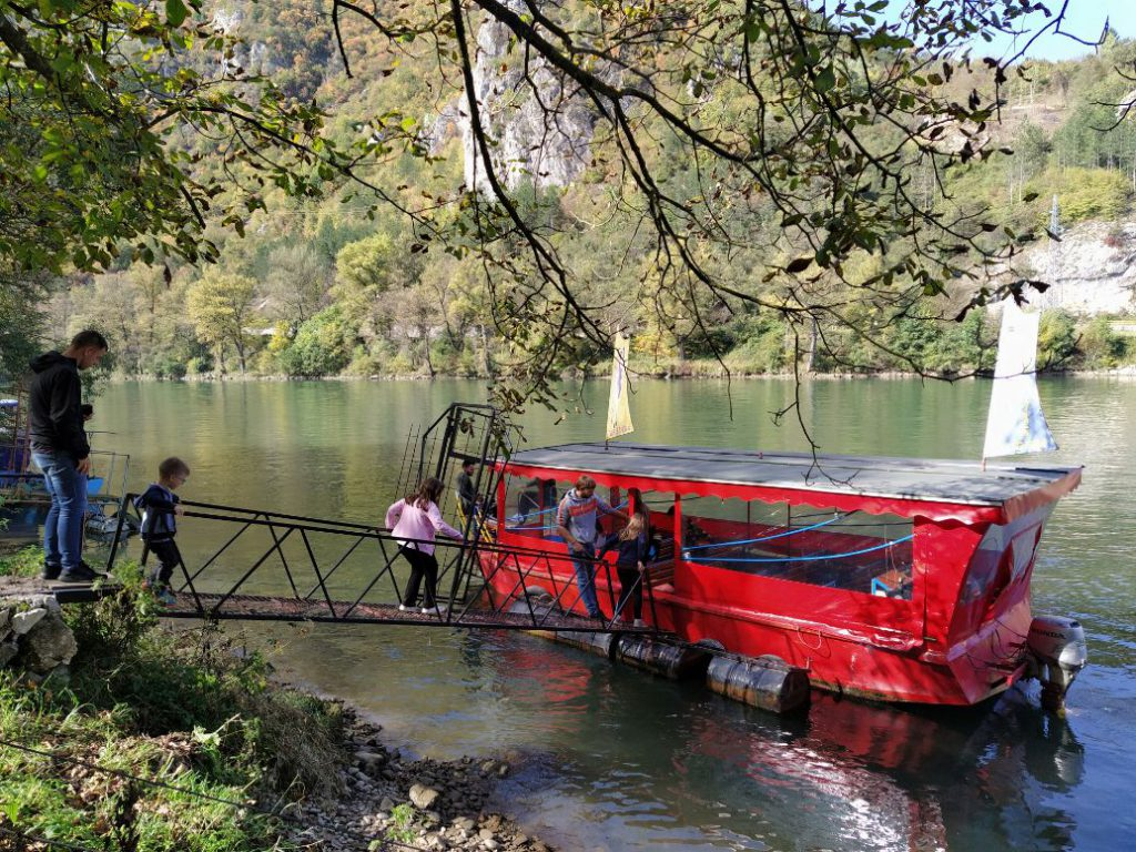 Voznja brodom Drinom Visegrad