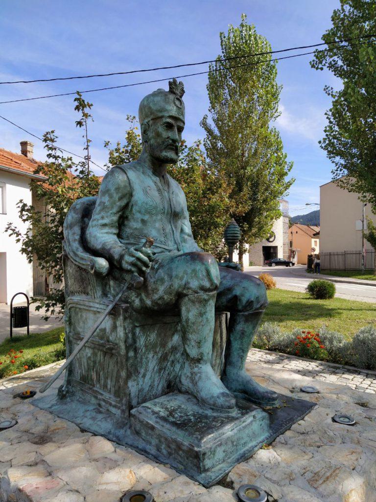 Spomenik Mehmed-Paši Sokolovića