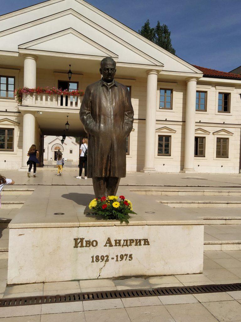 Spomenik Ive Andrica u Andricgradu