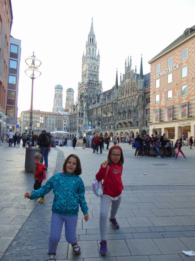Marijin trg Minhen