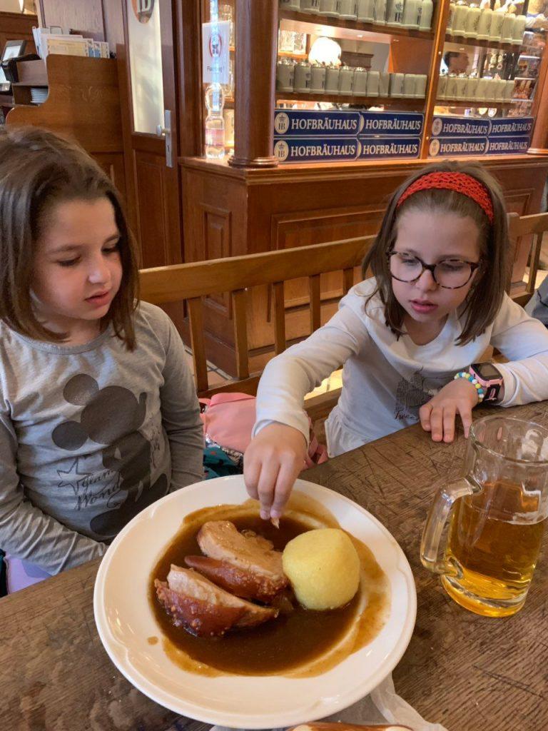 Hrana u Hofbräuhaus