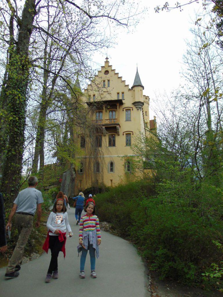 Pjesacka staza do dvorca Hohenschwangau