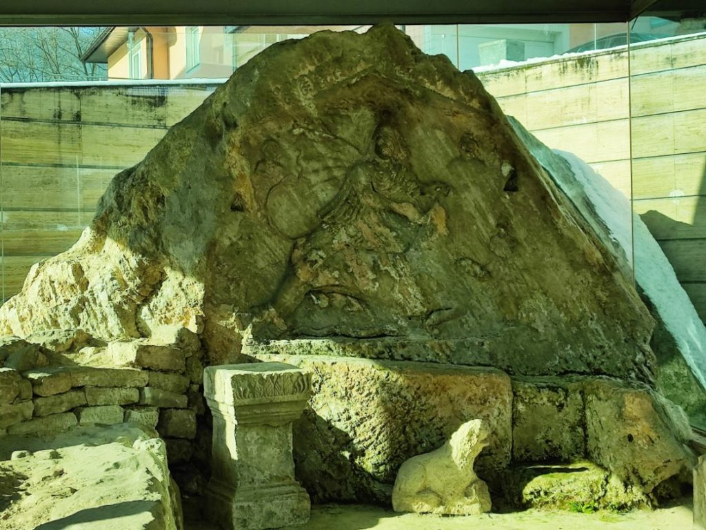 Mitrej u Jajcu