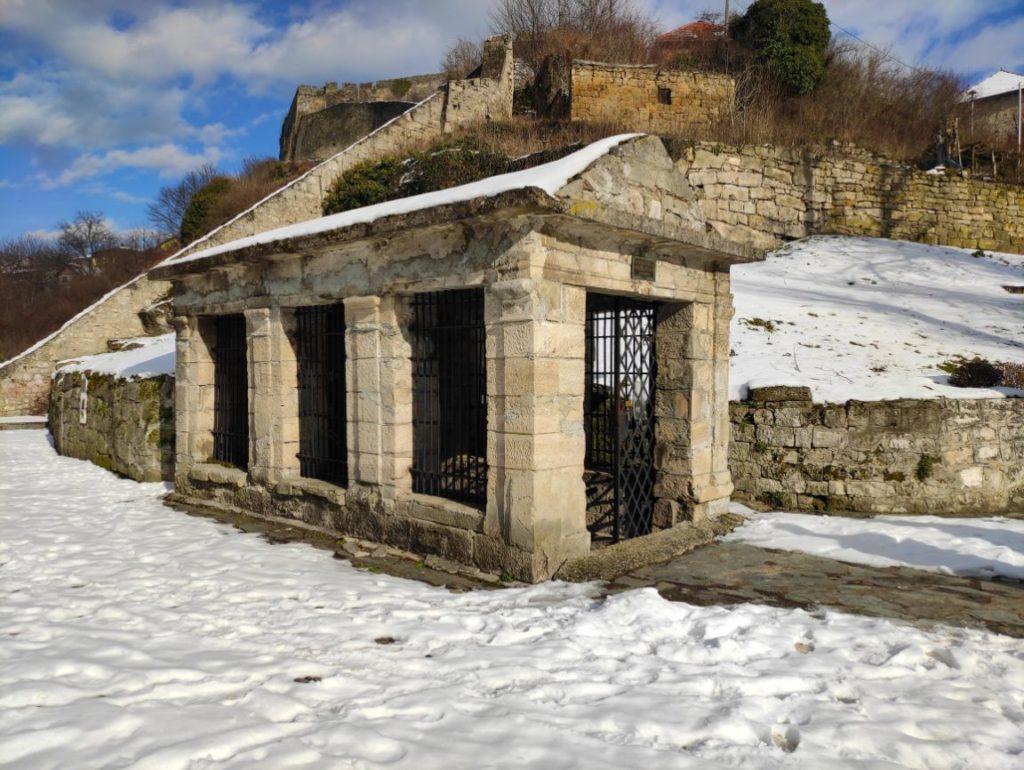 Ulaz u katakombe u Jajcu