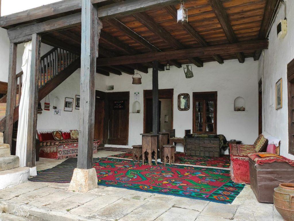 Hajat u Kajtazovoj kuci