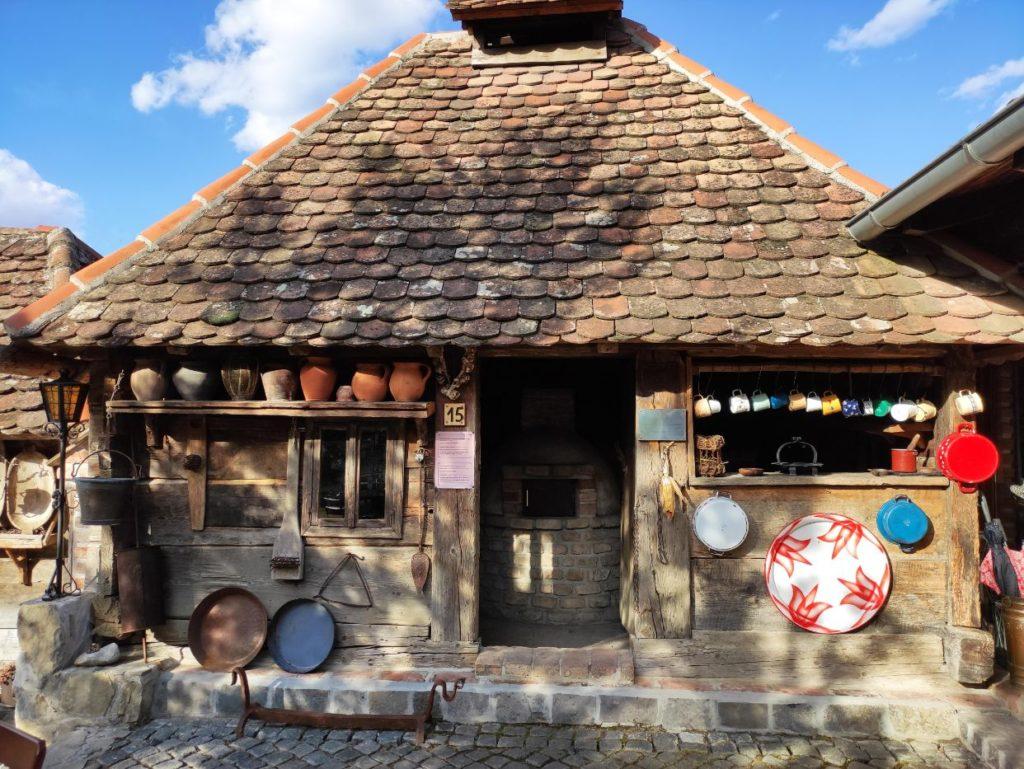 Kuhinja u Ljubackim dolinama