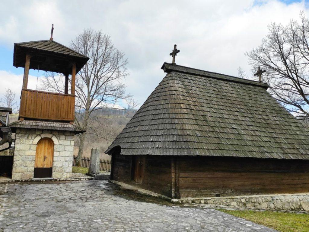 Crkva brvnara u Krupi na Vrbasu