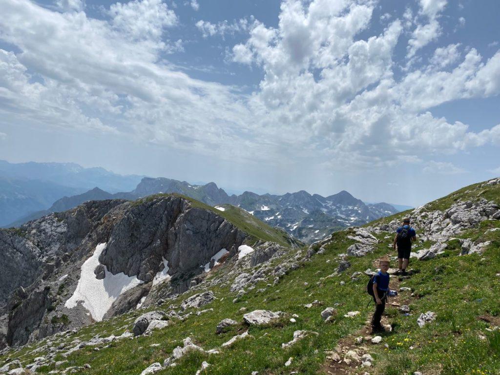 staza do vrha BIH planina Maglic