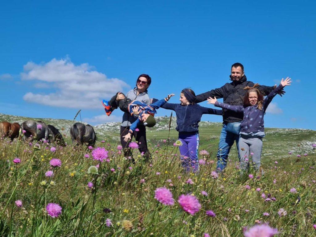 Putovanja za pet - tumaranja sa djecom
