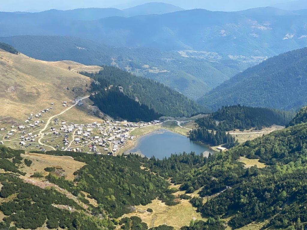 Prokosko jezero i planina Vranica